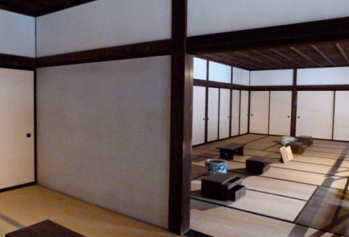 Takayama, Sanmachi suji, Yataï Kaikan,Takayama Jinya