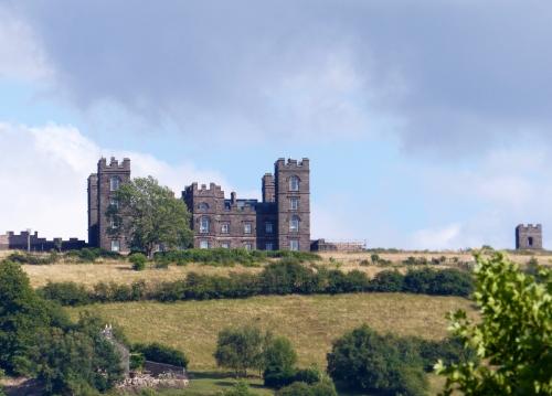 Matlock, Derbyshire, Riber castle
