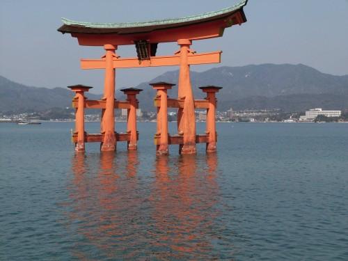 Japon, Miyajima, sanctuaire, île, torii