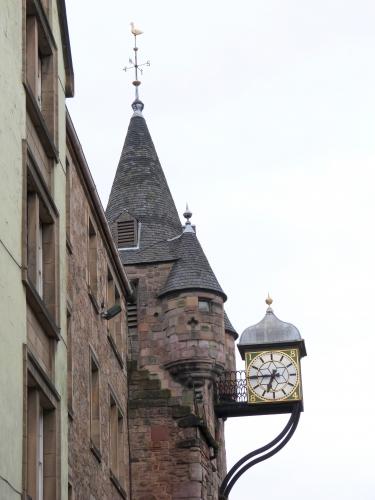 Edinburgh, Bunbar garden, Holyrood castle