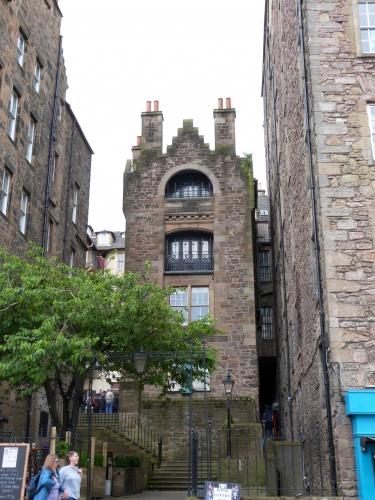 Edinburgh, Royal mile, NewTown, georgian house, Dunbar garden,Holyrood castle